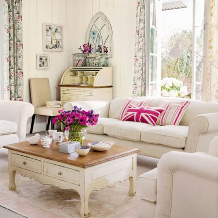 Tips on vintage decorating guest post the good girls guide for Vintage living room decor