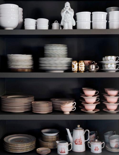 Gorgeous Open Kitchen Storage